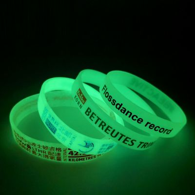 Pulseras de silicona glow